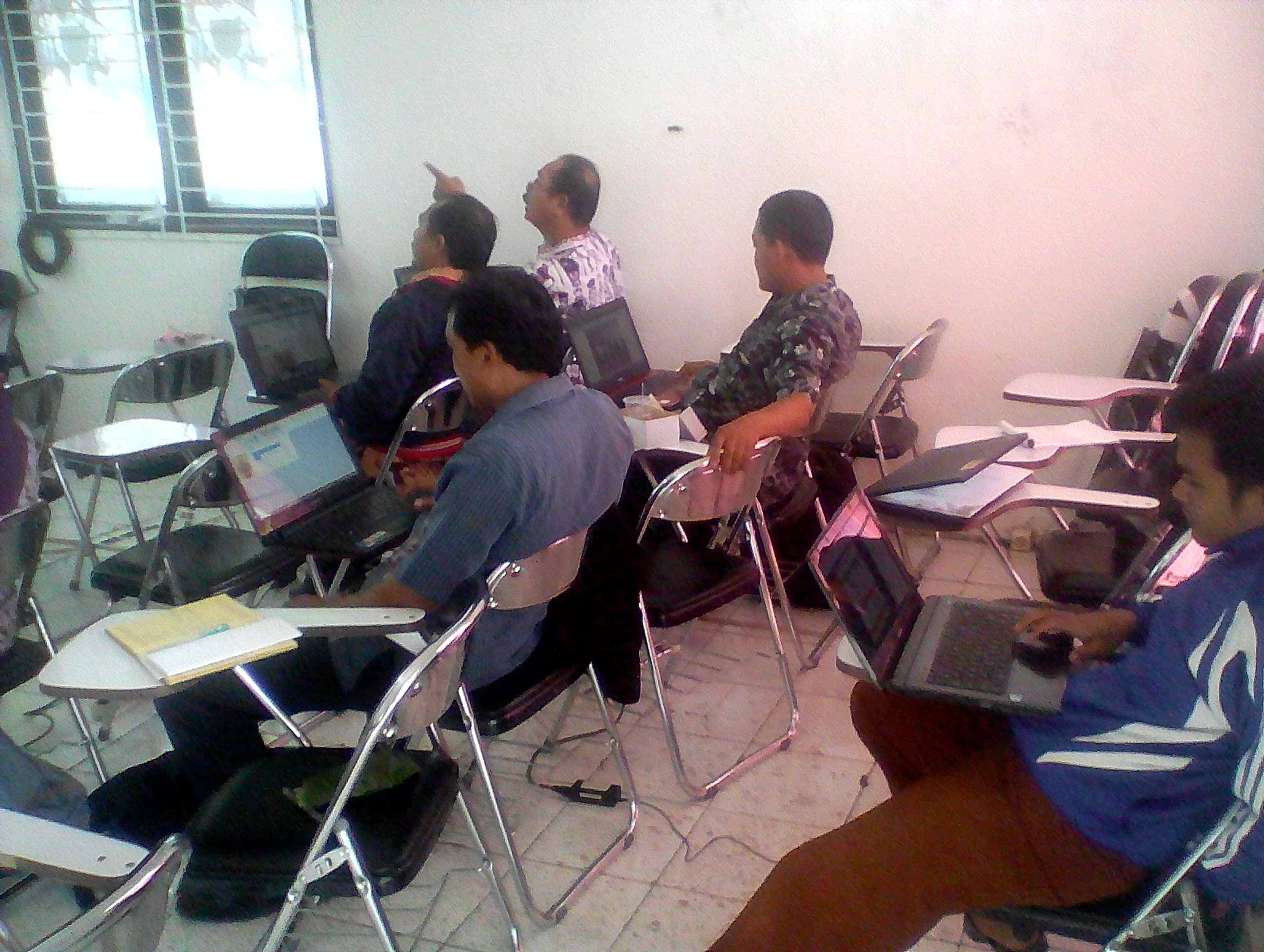 Menindak Lanjuti Perkembangan Web Desa Se Kecamatan Bodeh