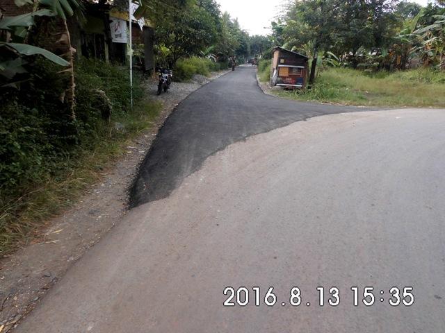 Pengaspalan Jalan Dusun 1