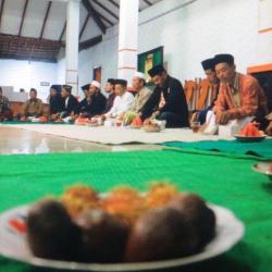 Malam wungon dalam rangka hut kabupaten Pemalang ke-444 di Balai Desa Kesesirejo